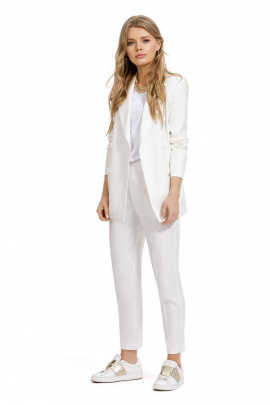Женский костюм PiRS 1005 белый