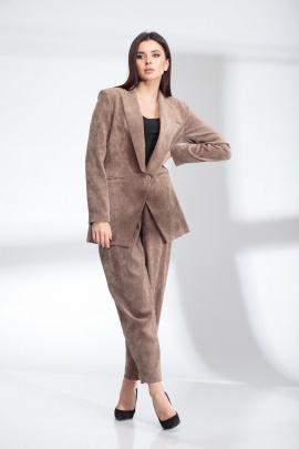 Женский костюм SandyNa 13903 серо-коричневый