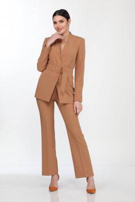 Женский костюм Vilena 646 карамель
