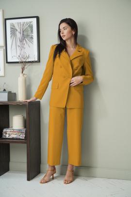 Женский костюм LadisLine 1326 янтарный