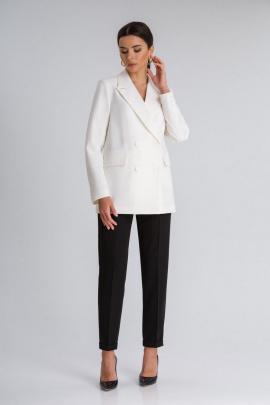 Женский костюм IVARI 201+303 молочный,черный