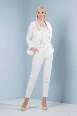 Женский костюм Achosa 801 белый