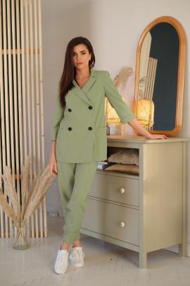 Женский костюм LadisLine 1350 оливка