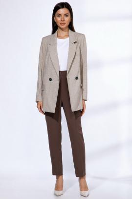 Женский костюм Angelina & Сompany 573 клетка-коричневый