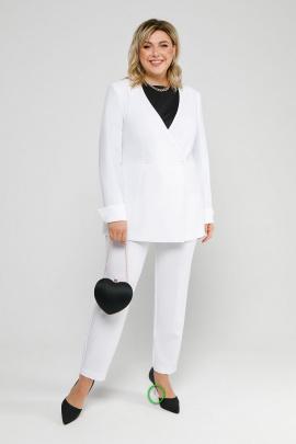 Женский костюм Pretty 2027 белый
