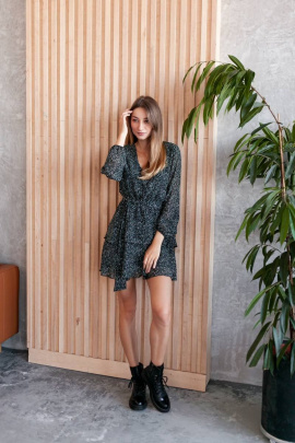 Платье KRASA 224-21 черный_в_зеленые_точки