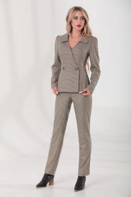 Женский костюм Golden Valley 6493 коричневый