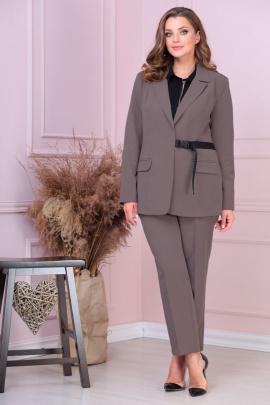Женский костюм Anastasiya Mak 922 коричневый