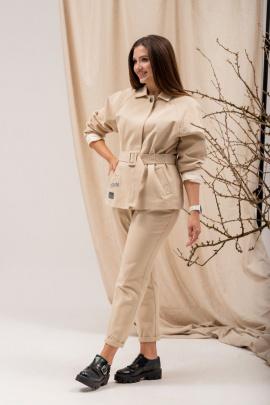 Женский костюм Angelina 698 бежевый