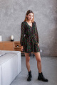 Платье KRASA 224-21 черный_в_разноцветные_цветы